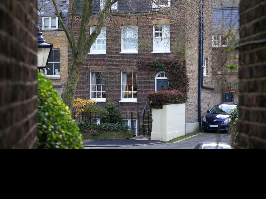 Serviced apartments, residential apartments, studio apartments and self-catered flats